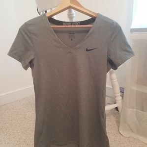 Grey Nike Pro Fitted Athletic Top, Size M